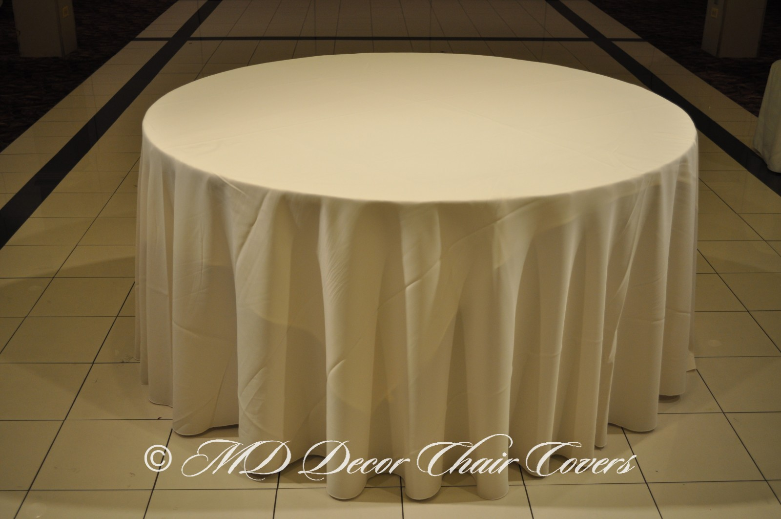 Ivory Polyester Tablecloth
