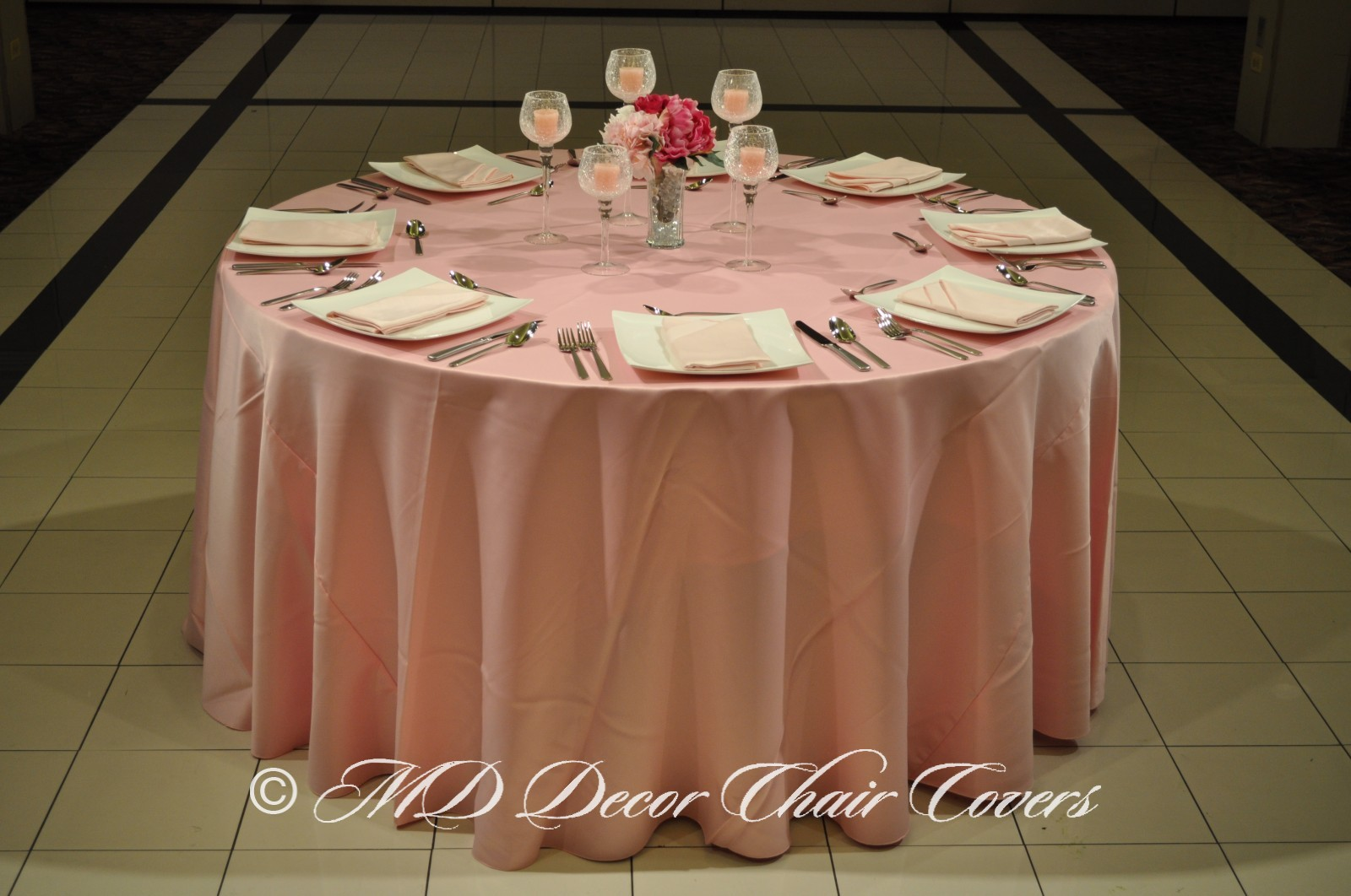 Pink-Satin-Lamour-Tablecloth