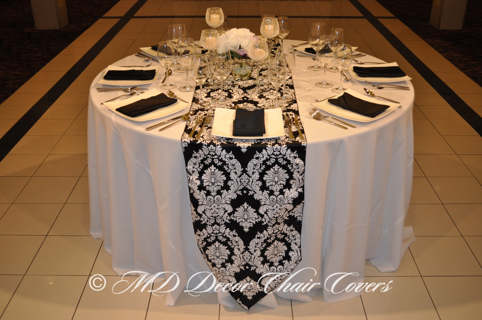 WHITE-PRINTS-ON-BLACK-DAMASK-SATIN-LAMOUR-RUNNER