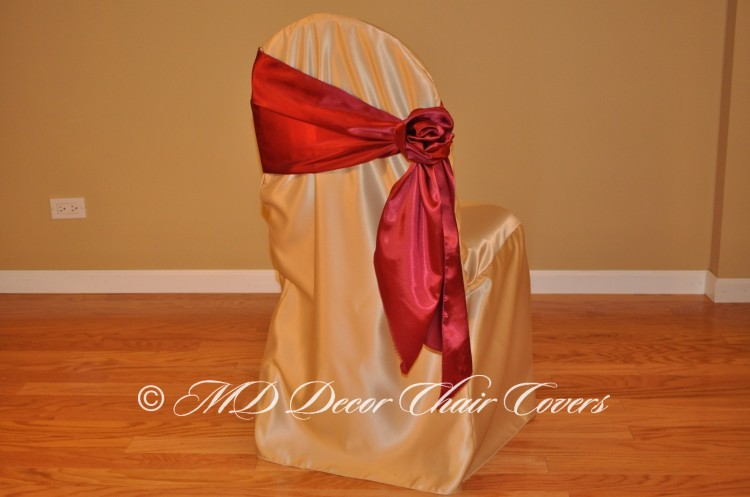 Burgundy Rose Style On The Side