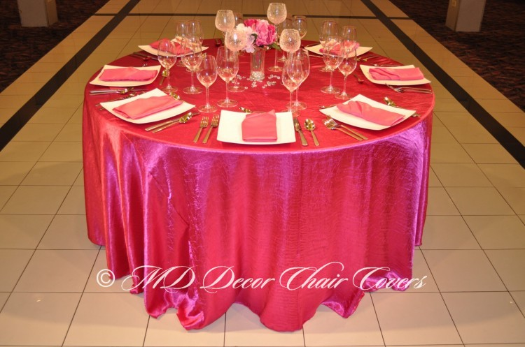 Fuscia-Crushed-Satin-Tablecloth