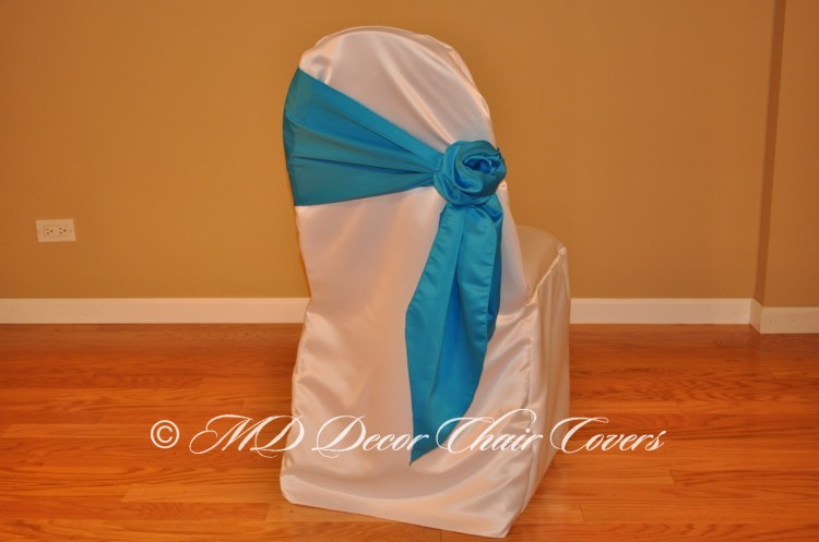 Turquoise Rose Style On The Side